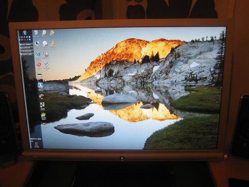 BenQ G2400W windows työpöytä