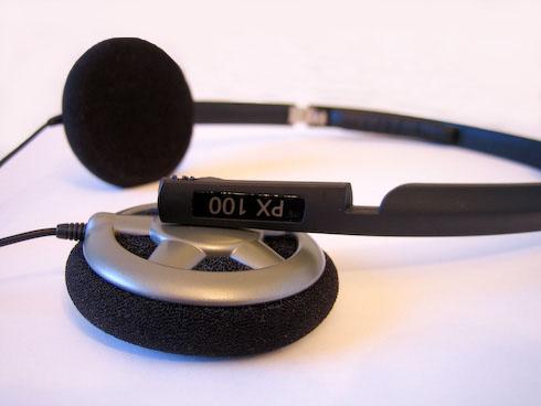 Sennheiser PX 100 kuulokeosa taitettuna