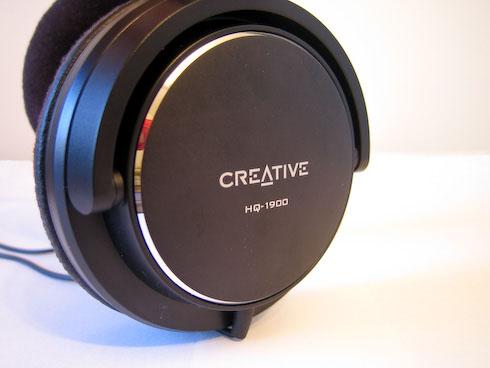 Creative HQ-1900 kuuloke läheltä