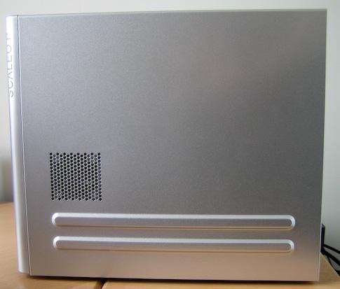 Fujitsu-Siemens Scaleo Pi2666 oikea kylki