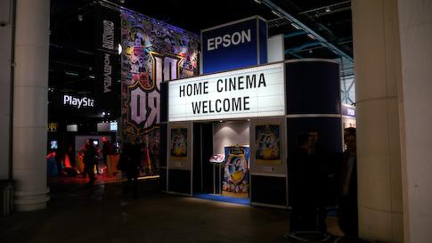Epsonin kotiteatterissa oli esillä uudet videoprojektorit.