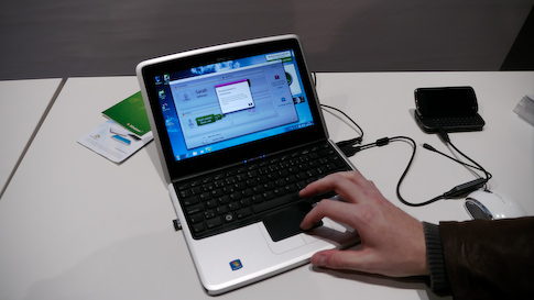 Nokia Booklet 3G oli asiallisen tuntuinen minikannettava.