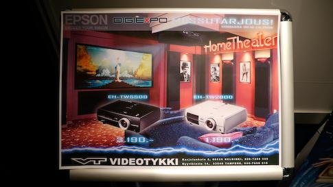 Epsonin videoprojektorit messutarjouksessa.